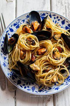 Seafood Recipes, Pasta Recipes, Cooking Recipes, Healthy Recipes, Meal Recipes, Italian Dishes, Italian Recipes, Italian Main Courses, Spaghetti Recipes
