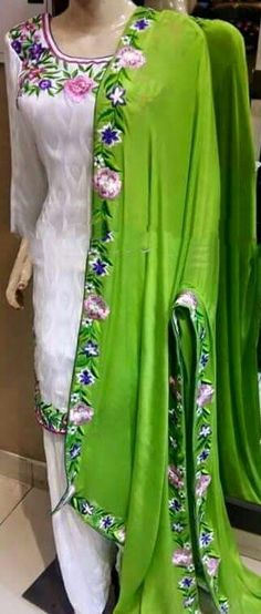 Pure Creap Silk Suit in White and Green Color,With Chinon Chiffon Dupatta