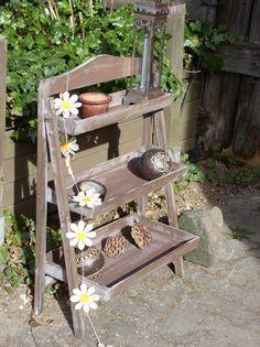 drevené police na kvety - Hľadať Googlom