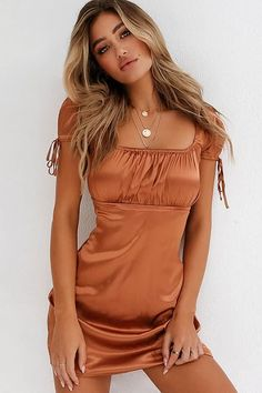 21f1e5d6cad6d Women Light-brown Satin Square Neck Short Sleeve Casual Mini Dress - L