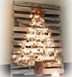 árbol de navidad diy en un palé - Árboles de Navidad hechos con palés