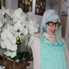 Mint hijab