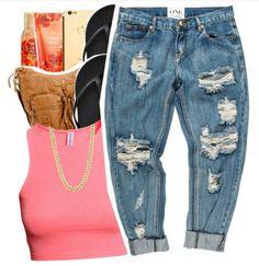 Boyfriend Jeans & Crop Top