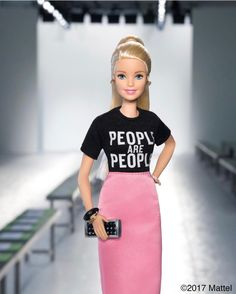 Barbie®: Christian Siriano's show at was so inspiring! Through his inclusive and diverse designs, . Doll Clothes Barbie, Vintage Barbie Dolls, Barbie Dress, Barbie Life, Barbie World, Barbie And Ken, Barbie Tumblr, Barbie Fashionista Dolls, Barbie Family