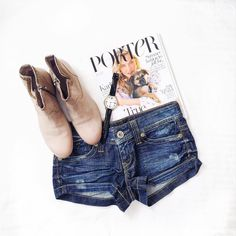 Laying it all down #GUESSJeans (: thelittleblondediary on Instagram)