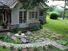 Large backyard landscaping ideas are quite many. However, for you to achieve the best landscaping for a large backyard you need to have a good design. Small Backyard Gardens, Backyard Garden Design, Large Backyard, Patio Design, Backyard Landscaping, Backyard Ideas, Stone Backyard, Garden Spaces, Patio Steps