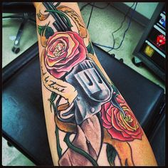 Post with 4840 views. Dark Tower Arm Tattoo now w/ Color, by Jei @ Boston Tattoo in Davis Sq. Half Sleeve Tattoos Designs, Best Sleeve Tattoos, Tattoo Designs And Meanings, Best Tattoo Designs, Deep Tattoo, Wild Tattoo, Tattoo Now, Dark Tower Tattoo, Tattoo Damen