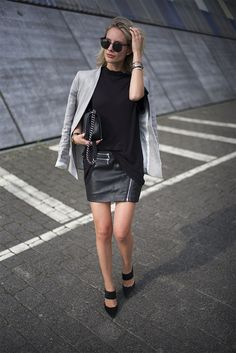 Blazer by Oui, T-Shirt by Damir Doma and skirt by SET Fashion. Asos heels and Chanel Boy Bag.
