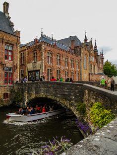 Canal & tourist boat - Bruges, Belgium