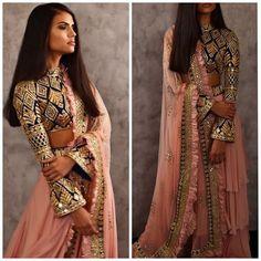 Delhi : October, 2018 at Hotel Ashok, Chankyapuri Elegance meets glam, ensembles by radiate the… Indian Wedding Outfits, Indian Outfits, Indian Reception Outfit, Emo Outfits, Indian Weddings, Indian Attire, Indian Ethnic Wear, Pakistani Dresses, Indian Dresses