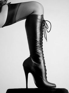 "These are perfect ""Come hither and worship your goddess"" boots."