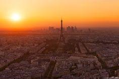 Sunset location Paris - Montparnasse Tower