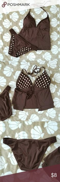 (#B09) Brown Tankini Set Brown tankini set in excellent condition.  Closet Sale! Buy 2 items from my closet, get a third item free. Third item will be of equal or lesser value. Swim Bikinis