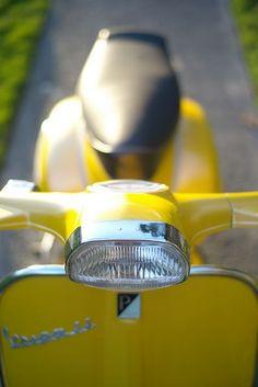 yellow not original color Vespa Ape, Vespa Lambretta, Vespa Scooters, Vespa Images, Motos Vespa, Vintage Vespa, Vintage Italy, Brick Road, Motorcycles
