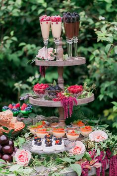 Ideas for garden party bridal shower food wedding cakes - Home Decoration Dessert Bar Wedding, Wedding Desserts, Dessert Bars, Wedding Cakes, Dessert Tables, Party Desserts, Cake Table, Wedding Desert Table, Table Party