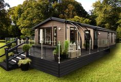 Stunning,immaculate and well equipped Deluxe two bedroom, holiday home at Haven Hopton Holiday Village Best Way To Advertise, Mobile Home Porch, Caravan Hire, Caravan Makeover, Prefabricated Houses, Tiny House Cabin, House In The Woods, Farm Life, Curb Appeal