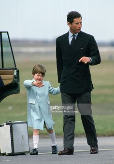 Prince William Waving To Onlookers As He And His Father, Prince Charles, Walk Hand In Hand To Their Car At Aberdeen Airport. Prince William Is Wearing A Pale Blue Coat Designed By Fashion Designer Catherine Walker. Princess Diana Rare, Prince And Princess, Princess Kate, Princess Charlotte, Prince William And Harry, Prince Charles, British Monarchy History, British History, Royal Family Pictures