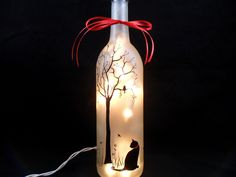 Lighted Wine Bottle Black Cat Hand Painted por PaintingByElaine