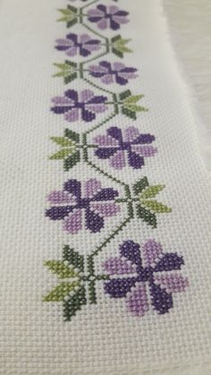 Diy Crafts - Herringbone stitch as I knit it, Right Side. Cactus Cross Stitch, Cute Cross Stitch, Cross Stitch Borders, Cross Stitch Rose, Modern Cross Stitch, Cross Stitch Flowers, Cross Stitching, Cross Stitch Embroidery, Embroidery Patterns