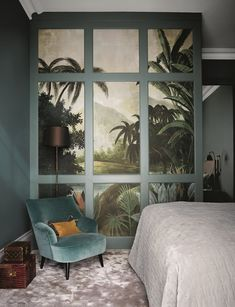 Hackett Holland Hackett Holland Save Images Feature mansion flat family home in Richmond modern interior classic furniture minimalism main bedroom tropical wall velvet chair carpeted Apartment Interior Design, Decor Interior Design, Furniture Design, Design Interiors, Furniture Decor, Decoration Inspiration, Interior Design Inspiration, Furniture Inspiration, Home Decor Bedroom