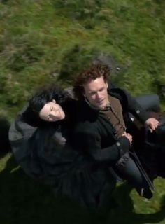 """On the ride to Lallybroch, Claire explains airplanes to Jamie: """"And they just stay aloft, like birds?"""" Claire: """"Well, no. Airplane wings are stationary. They don't flap."""" Jamie: """"And you've ridden in one?"""" Claire: """"Yes, several times. I love flying."""" Jamie: """"How high can ye fly?"""" Claire: """"Thousands of feet in the air, certainly."""" Jamie: """"Thousands of feet? Must have God's own view of the world from that height."""" 