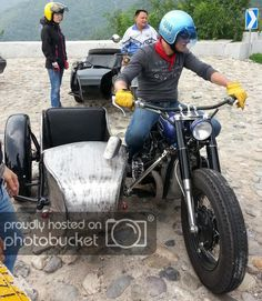 photo by rotxxyyzz Bike With Sidecar, Touring Motorcycles, Royal Enfield, Car Wheels, Cool Websites, Motorbikes, Yamaha, Biking, Motors