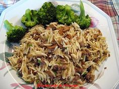 Recette d'Orzo au boeuf haché Wan Tan, Pasta Dishes, Casserole, Nom Nom, Buffet, Clean Eating, Pizza, Cooking Recipes, Lunch