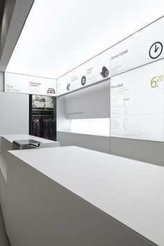 Display Design, Store Design, Laundry Business, Laundry Shop, Exhibition Display, Container Store, Retail Space, Retail Design, Layout