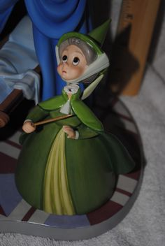 Disney WDCC Sleeping Beauty Figure An Uninvited Guest Flora Fauna Merryweather | eBay