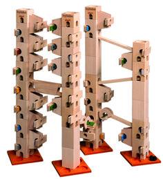 In diesem Kugelbahn-Baukasten sind alle Bauteile und Klangplatten (92 Teile) drin, um die Melodienbahn - L'inverno - aufzubauen und abzuspielen. Es gibt auch ein Komplett-Set, mit diesem können alle 12 Melodien vollständig aufgebaut werden.
