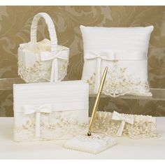 white and beige details #weddingset