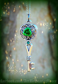 The Irish Pride Fantasy Key by ArtbyStarlaMoore on Etsy, $15.00
