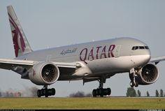 Boeing 777-2DZ/LR aircraft picture