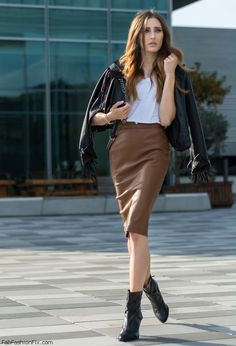 Tx Maxx leather jacket, white tee and Zara brown leather skirt for fall street style. #zara