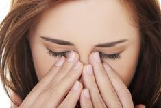 Check out these powerful essential oils for sinus infection. Here we have listed numerous essential oil based remedies for sinusitis. Essential Oils For Rosacea, Oils For Sinus, Vaseline, Stop Post Nasal Drip, Home Remedies, Natural Remedies, Health Remedies, Relieve Sinus Pressure, Blocked Sinuses