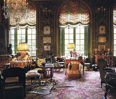 In the Paris apartment of Count and Countess Hubert d'Ornano, Henri Samuel recreated (with the countess) a fin de siècle ambience using yards and yards of fabric to drape doors and windows.
