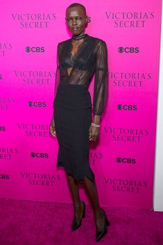 Grace Bol wearing Roland Mouret at the Victoria's Secret Fashion Show viewing party in NYC Pink Carpet, Red Carpet Dresses, Adriana Lima Victoria Secret, Vs Fashion Shows, Glamorous Dresses, Party Tops, Victoria Secret Fashion Show, Her Style, Celebrity Style