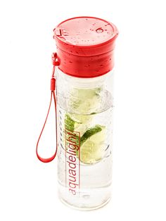 Fruit Infuser water bottle by Aquadelight