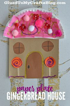 Paper Plate Gingerbread House - Kid Craft - Glued To My Crafts Preschool Christmas Crafts, Daycare Crafts, Christmas Activities, Toddler Crafts, Preschool Crafts, Kids Christmas, Holiday Crafts, Craft Kids, Xmas