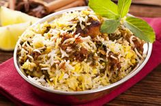 Hyderabadi Chicken Biryani cook rice half way until rice starts to dance and it breaks into pieces between your fingers. When all assembled cook 5 min high heat, 15 min med, 10 min low or med with tava underneath Afghan Food Recipes, Rice Recipes, Meat Recipes, Indian Food Recipes, Cooking Recipes, Ethnic Recipes, Asian Recipes, Hyderabadi Biryani Recipe, Dum Biryani