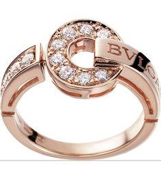 """""""Bvlgari-Bvlgari"""" ring in pink gold with pavé diamonds. Pink Gold Rings, Rose Gold Jewelry, Diamond Jewelry, Jewelry Rings, Jewelry Accessories, Fine Jewelry, Jewelry Design, Diamond Rings, Gold Jewellery"""