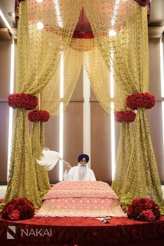 Amy + Atit's South East Asian Hindu - Sikh wedding at Chicago Hyatt Regency Ohare! Flowers by Yanni Design Studios! Sikh Wedding Decor, Indian Wedding Decorations, Wedding Pics, Dream Wedding, Wedding Ceremony, Wedding Entrance, Wedding Ideas, Wedding Bells, Wedding Hair