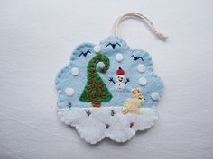 Lovely for tree decorations for your christmas tree. Height-8,5 cm. All my items are personally handstitched by me in a non-smoking environment.. If