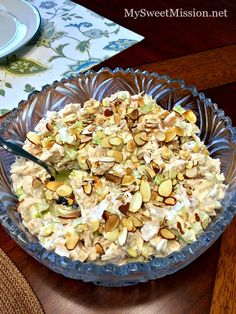 """""""My mom's chicken salad is the absolute best! It's full of tender chicken, creamy with a lighter texture and the celery and sliced almonds gives it a delicious crunch! Easter Dinner Recipes, Lunch Recipes, Sliced Almonds, Toasted Almonds, Chicken Dumpling Soup, Chicken Ham, Chicken Salad Recipes, Chicken Salads, Vintage Recipes"""