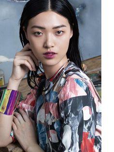 Elle China - Spring encounter - Dior Cruise 2015 Special.  December 2015.  Jumbo Tsui - Photographer.   Cloe Dong - Fashion Editor/Stylist.   Sun Qi - Makeup Artist.   Tian Yi - Model.