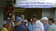 Hawaii loooooves President Barack Obama!  A crowd greets him as he stops for shave ice at Island Snow in Kailua.