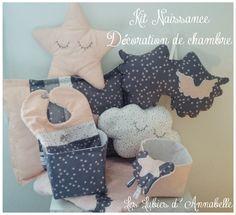 Kit naissance fille, trousseau de naissance, cadeau de naissance tissu France Duval composé de  9 pièces