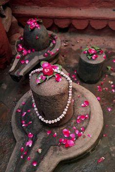 Only Gods — vidyaksha-education: Om namah Shivaya… India. Rudra Shiva, Mahakal Shiva, Shiva Art, Lord Krishna, Aghori Shiva, Ganesh Lord, Tantra, Shiva Shankar, Lord Shiva Hd Images
