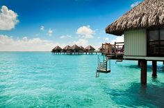 Bora Bora 101: Where to Stay and What to Do in the Tahiti Islets