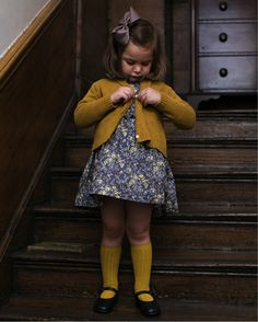 Autumn 2017 I Sweater weather Amaia Kinder Kinder Kleidung Online London Made in Spain Herbst 2017 Pullover Wetter 1 Hallo. Little Girl Outfits, Little Girl Fashion, Toddler Outfits, Kids Outfits, Kids Fashion, Fashion Outfits, Fashion Clothes, Fashion Dolls, Autumn Fashion